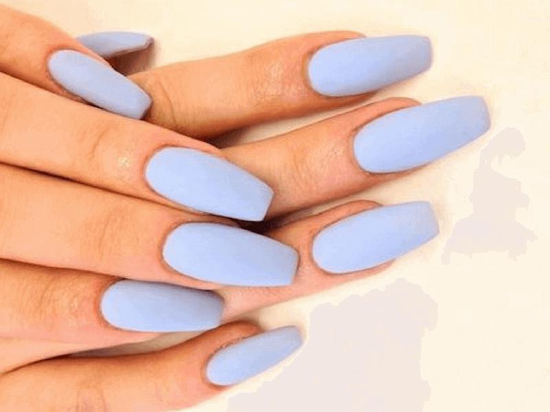 manicura mate azul