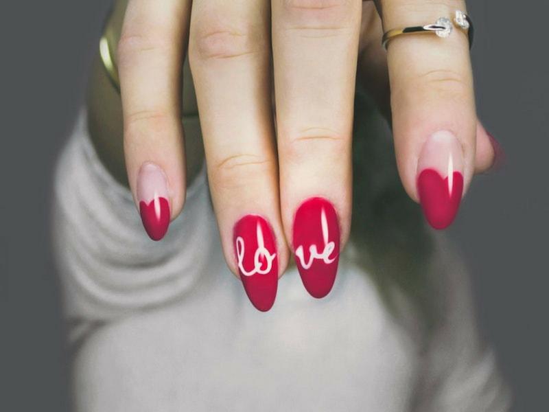 uñas acrílicas rojas zaragoza