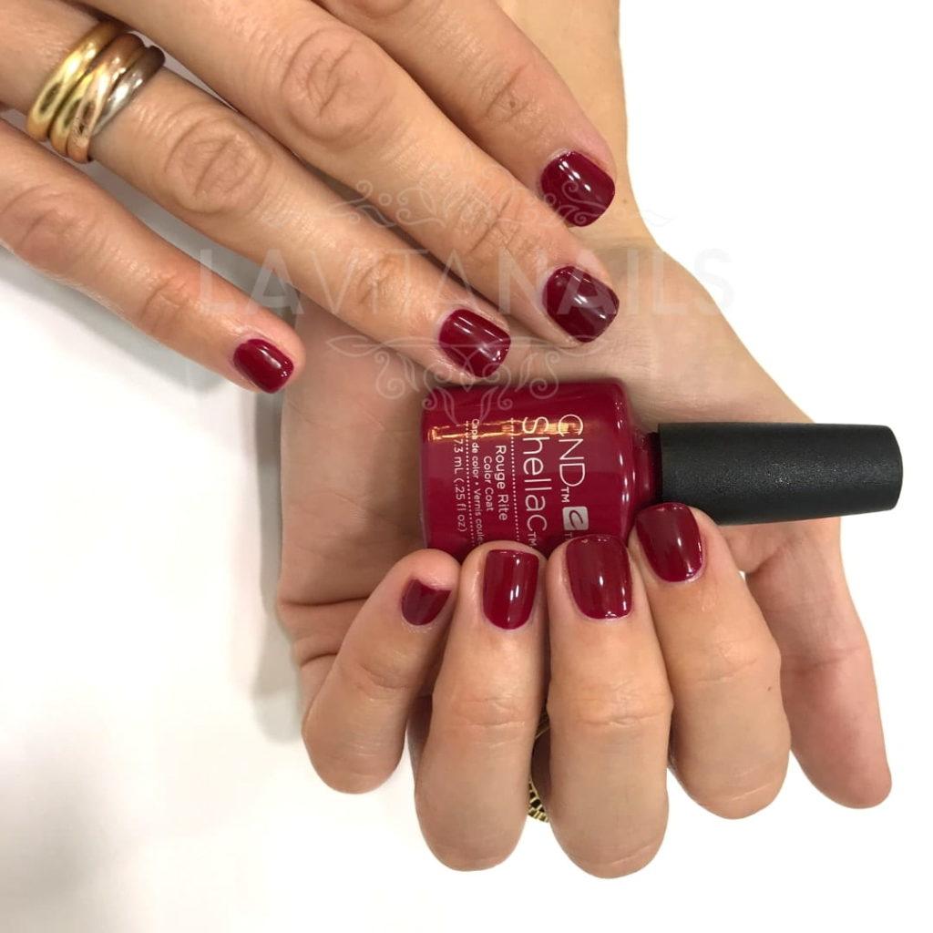 Tono Rouge Rite de CND Shellac para uñas para novia rojas