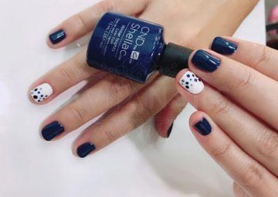 manicura-zaragoza-la-vita-nails-azul-shellac