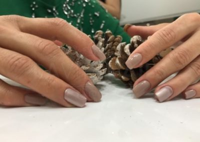 manicura-zaragoza-la-vita-nails-beige