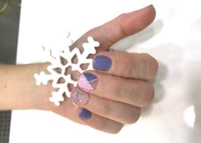 manicura-zaragoza-la-vita-nails-geometricas-moradas