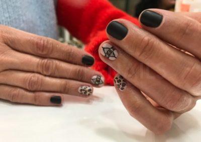 manicura-zaragoza-la-vita-nails-mate-leopardo