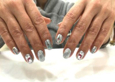 manicura-zaragoza-la-vita-nails-navideña-plateada
