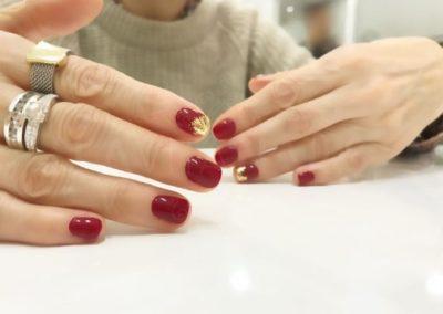 manicura-zaragoza-la-vita-nails-roja-dorado