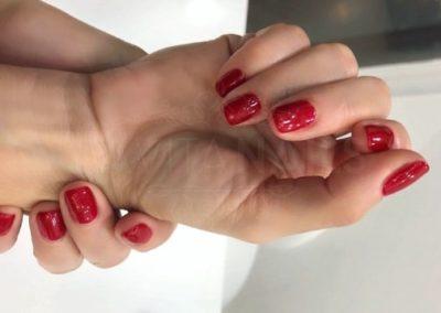 manicura-zaragoza-la-vita-nails-rojas