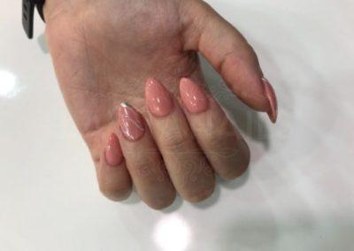manicura-zaragoza-la-vita-nails-rosa-almendra