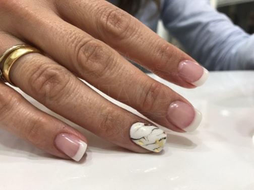 Reconstruccion de uñas en zaragoza